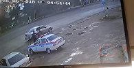 Под Бишкеком сотрудник УОБДД в штатском ударил женщину? Видео