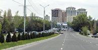 Автомобили на улице Аалы Токомбаева (Южная магистраль) в Бишкеке. Архивное фото