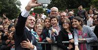 Франциянын президенти Эммануэль Макрон О-де-Сен департаментинде өткөн расмий азем учурунда