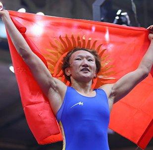 Кыргызстандык балбан Айсулуу Тыныбекова. Архивдик сүрөт