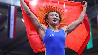 Чемпионка мира по женской вольной борьбе Айсулуу Тыныбекова. Архивное фото