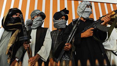 Вооруженные боевики. Архивное фото