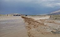 Последствия селевого потока на дороге Баткен — Исфана