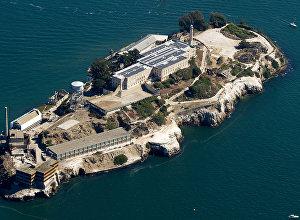 Остров Алькатрас в США