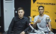 Комментаторы КТРК Нурсултан Турусбеков и Азирет Абдраимов
