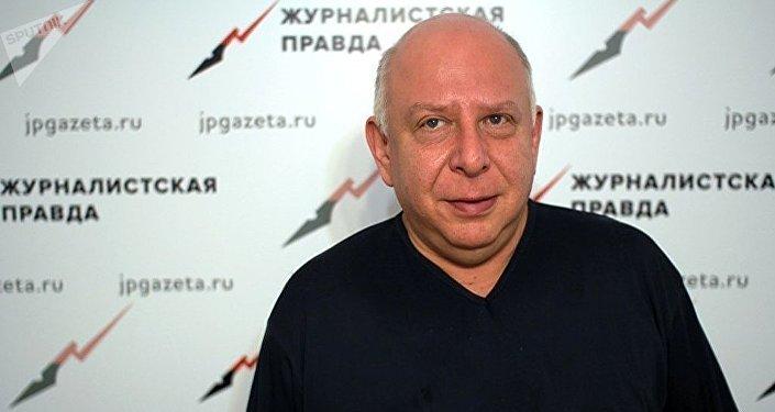 Публицист, политолог, руководитель Московского политологического клуба Евгений Бень. Архивное фото