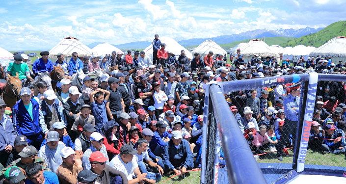 Турнир 22-июнда Түп районундагы Каркыра жайлоосунда өтүп, Кыргызстандын 14 жуп мушкери күч сынашты