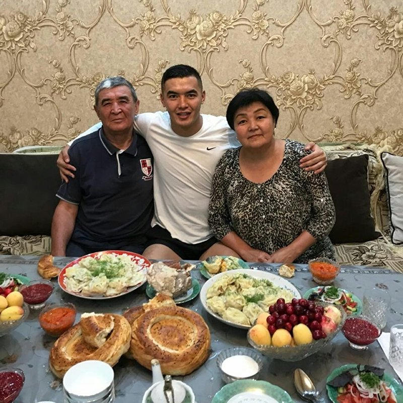 Капитан сборной КР по футболу Азамат Байматов