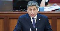 Тышкы иштер министри Эрлан Абдылдаевдин архивдик сүрөтү