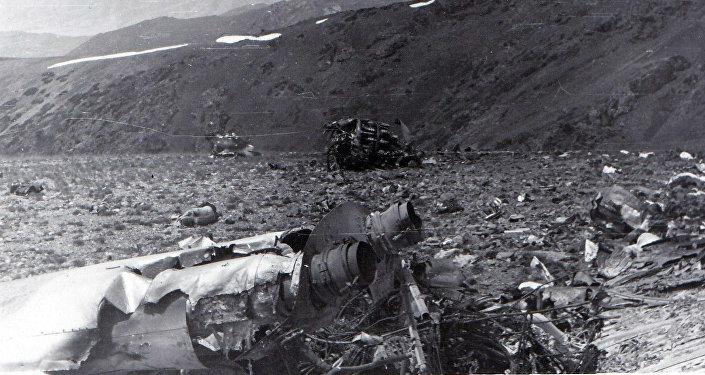 На месте крушения Ил-14 под Таласом летевшего рейсом Талас — Фрунзе. 28 июня 1969 года
