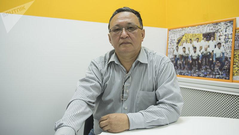 Профессор кафедры онкологии КРСУ, профессор педиатрического отделения онкологии НОЦ Эмил Макимбетов