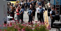 Полиция на месте стрельбы в редакции газеты Capital Gazette в американском штате Мэриленд, где в результате погибли пять человек