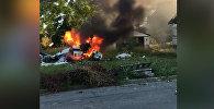 Подросток чудом выбрался из-под обломков почти сгоревшего самолета — видео