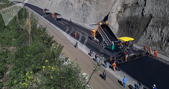 Строительство альтернативной дороги север— юг