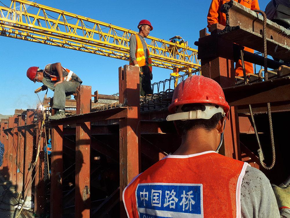Кыргызстандагы ири курулушту кытайлык China Roud and Bridge компаниясы жүргүзүүдө