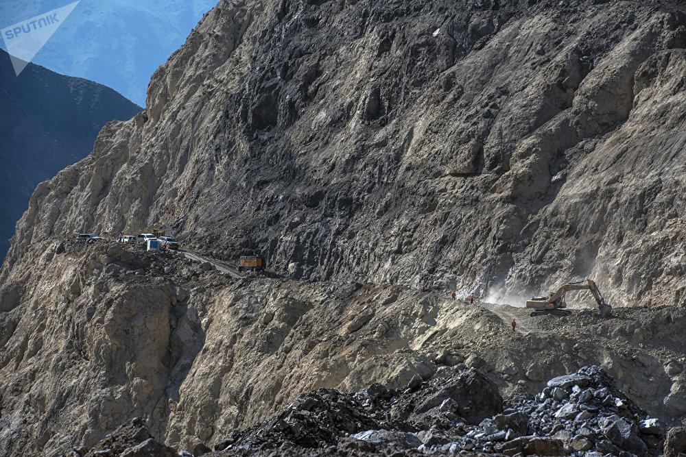 Кыргызстанда салынып жаткан Түндүк — Түштүк альтернативалуу жолунун салынышынан бир ирмем