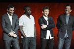 Слева направо: Джон Хамм, Ганнибал Бересс, Джереми Реннер и Эд Хелмс, актеры, участвующие в предстоящем фильме Ты водишь на сцене во время презентации Warner Bros. Pictures на CinemaCon 2018. 24 апреля 2018 года, в Лас-Вегасе