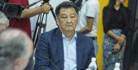 Экс-министр здравоохранения КР Талантбек Батыралиев во время круглого стола в мультимедийном пресс-центре Sputnik Кыргызстан