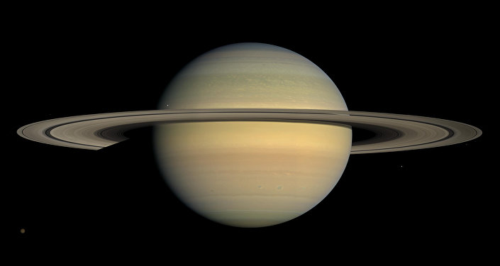 Планета Сатурн. Архивное фото