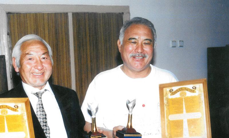 Архивные фотографии актера театра и кино, народного артиста Кыргызстана Мукамбета Токтобаева