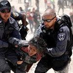 Аресты в деревне бедуинов израильскими полицейскими