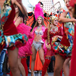Карнавальное шествие болельщиков перед матчем ЧМ-2018 по футболу между сборными Бразилии и Мексики