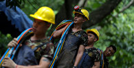 Спасение детей из пещеры в Таиланде