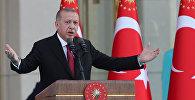 Президент Турции Реджеп Тайип Эрдоган с супругой во время церемонии инаугурации в Президентском дворце в Анкаре, Турция, 9 июля 2018 год