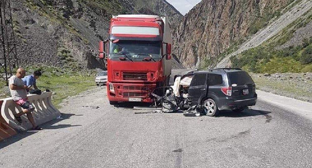 На автотрассе Бишкек — Ош произошло ДТП, погибли два человека
