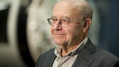 Ведущий научный сотрудник Института космических исследований РАН Натан Эйсмонт. Архивное фото