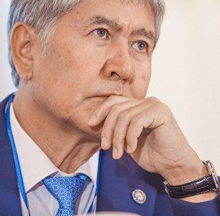 Председатель партии СДПК Алмазбек Атамбаев. Архивное фото