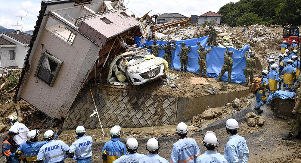 Последствия обильных ливней в Японии