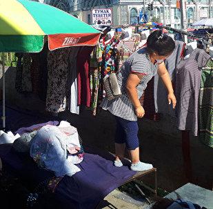 Работа Ошского рынка в Бишкеке