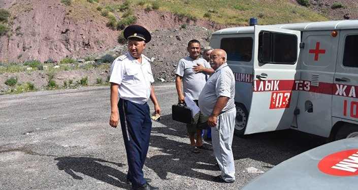 Инспекторы УОБДД и медики останавливали водителей на посту Сосновка