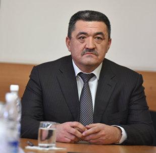 Бишкек шаарынын мэри Албек Ибраимовдун архивдик сүрөтү