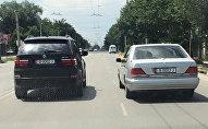 В Бишкеке ездят два автомобиля с одинаковыми номерами. Архивное фото
