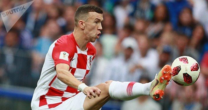 Хорваты сравняли счет на 28-й минуте. Точным ударом с левой ноги отметился Иван Перишич