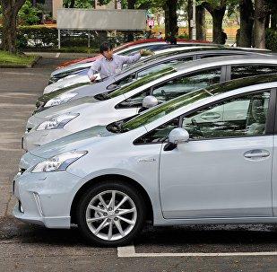 Toyota Prius автоунаалары. Архивдик сүрөт