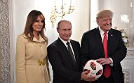 АКШ президенти Дональд Трамп Россиянын мамлекет башчысы Владимир Путин. Архивдик сүрөт