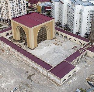 Скоро в Бишкеке откроется мечеть с необычным дизайном. Видео с дрона