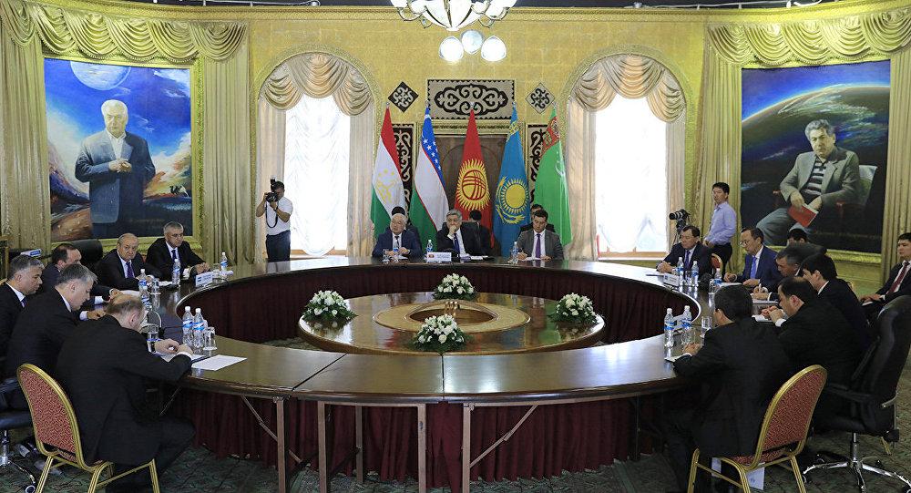 Туркменистан принял участие вовстрече внешнеполитических ведомств стран Центральной Азии