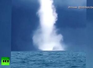Рыбаки сняли на видео два смерча над Черным морем