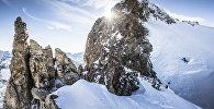 Альпинист из Польши Анджей Баргель во время тренировок в Ла-Граве, Франция 28 января 2018 года