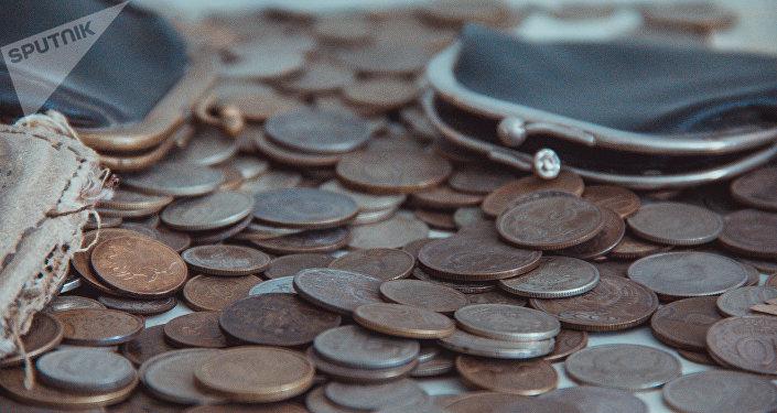 Медные монеты. Архивное фото