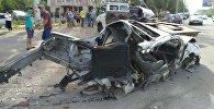Бишкектин түштүк магистралында жол кырсыгы болуп, унаа экиге бөлүнүп кетти