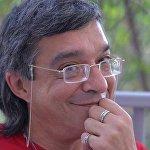 Колумнист Sputnik Армения, журналист Рубен Гюльмисарян