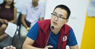 Инструктор по первой помощи Национального общества Красного полумесяца КР Атай Ибраев. Архивное фото