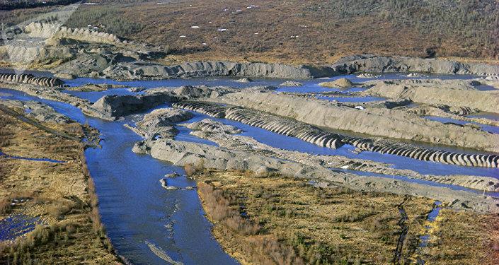 Вид на прииск Бурхала на реке Колыма. Архивное фото