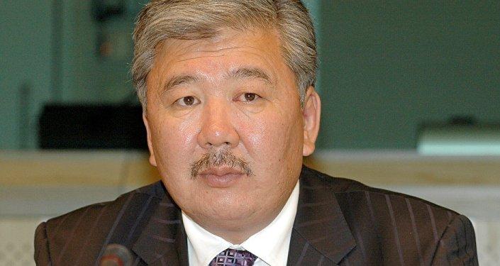 Кыргызстандын мурдагы премьер-министри Данияр Үсөновдун архивдик сүрөтү