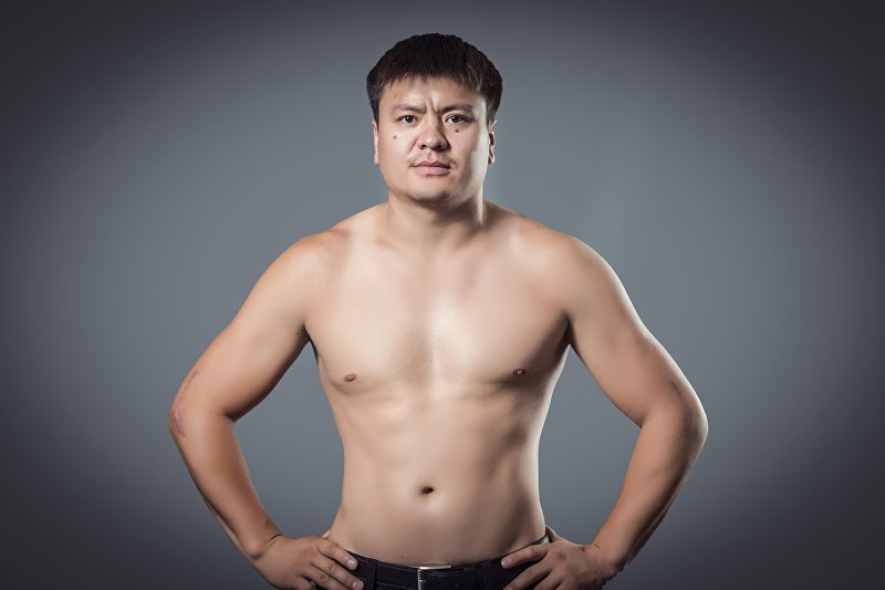 Кыргызстанский боец MMA Мыктыбек Мамасалиев, известный как Ак аюу